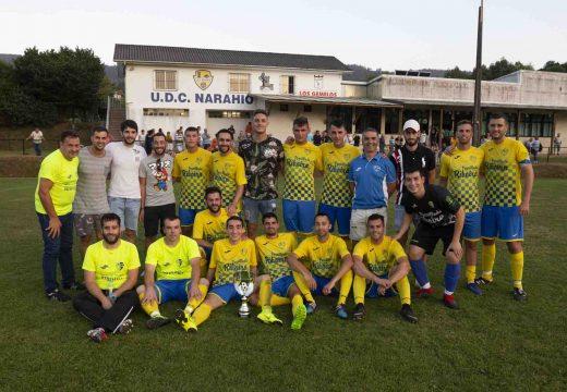 A UDC Narahío volve facerse co trofeo municipal de San Sadurniño