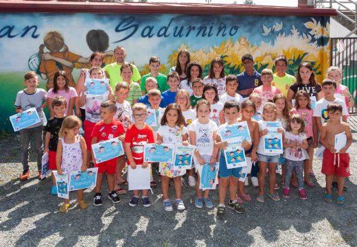 A Aldea de Verán e os cursos da piscina clausuran dous meses de actividade en San Sadurniño