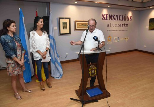 Vinte artistas da Asociación Alterarte expoñen ata o final de outubro no Centro Cultural Lustres Rivas de Riveira