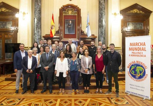 Rey valora a implicación da cidade na segunda Marcha Mundial pola Paz e Nonviolencia que sae hoxe de Madrid