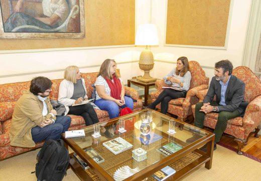 O Concello analiza coa Asociación Cultural Campo de Pena o impacto que o proxecto da Cidade das TIC terá en Palavea