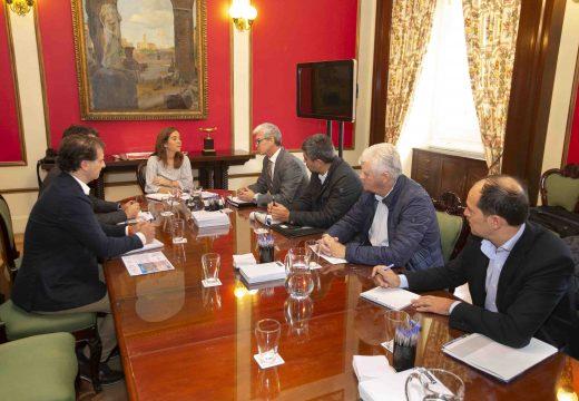 O Concello abre unha nova etapa de diálogo co sector pesqueiro da cidade
