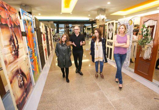 """A Coruña acolle a exposición """"Puertas"""", que lembra as 48 vítimas da violencia machista en 2018"""