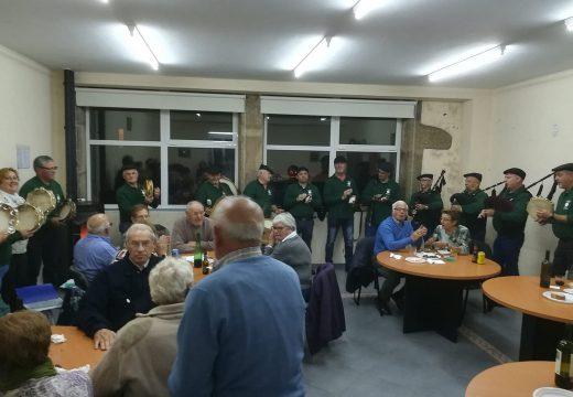 Gran participación no magosto do Club de Xubilados de Lousame