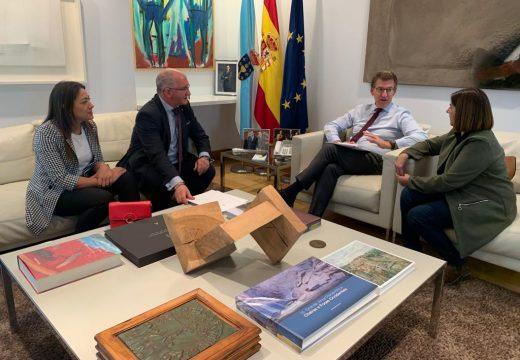 Núñez Feijoo anuncia a Santiago Freire que o proxecto de construción da rotonda da Barquiña e novas beirarrúas ata Noia sairá a exposición pública nos primeiros meses de 2020
