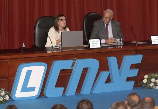 Ethel Vázquez avanza que a Xunta dotará de vallas reforzadas fronte ao xabaril as novas estradas que coincidan con zonas de maior risco