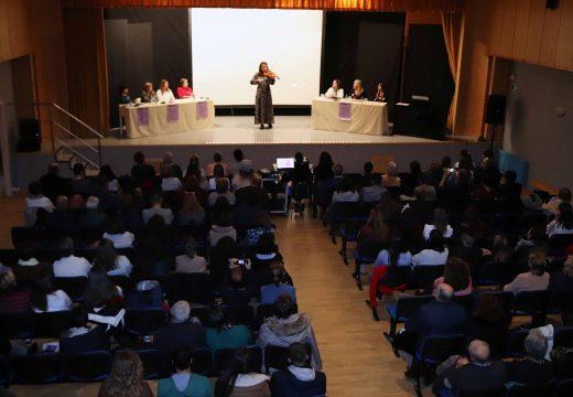 Gran acollida á I Xornada de Sensibilización en Violencia contra a Muller do Concello de Boqueixón con preto de 200 asistentes