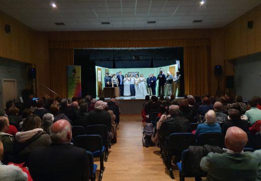 Preto de 100 persoas acudiron á xornada inaugural do Ciclo de Teatro de Outono do Concello de Boqueixón