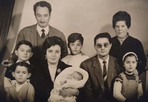 Frades homenaxeará a Manuel Cortiñas cun monolito con litografía en Ponte Carreira na memoria deste mestre da parroquia de Gafoi
