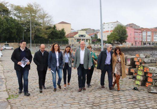 Portos de Galicia confirma que a pasarela peonil entre o Peirao do Marqués e a Costa Ferrador estará rematada antes de 3 meses