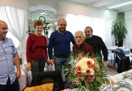 O Concello de Noia homenaxea a Aurelio Moledo Calo, veciño de Argalo, que vén de cumprir 100 anos