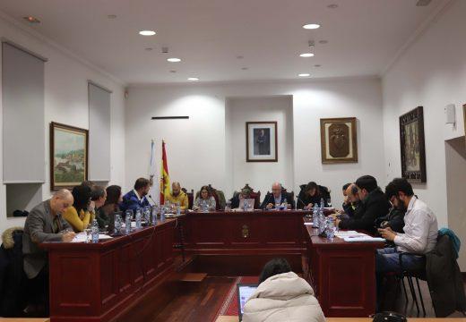 O Pleno de Noia aproba por unanimidade as mocións dos grupos da oposición sobre desfibriladores, seguridade viaria e SAF