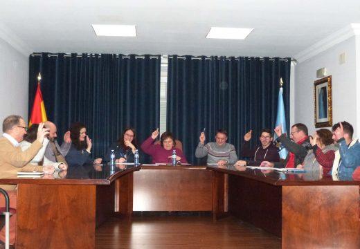 O Pleno de Lousame aproba por unanimidade dous recoñecementos extraxudiciais de crédito para o pago de 16.000 € en facturas