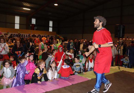 Frades abre a inscrición no concurso de disfraces de Entroido, que repartirá máis de mil euros en premios o domingo 23 de febreiro