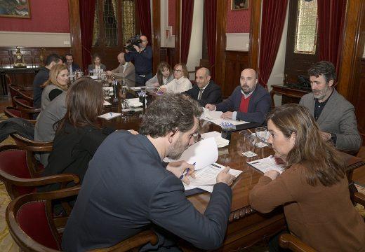 O Goberno local adxudica o servizo de limpeza viaria da cidade por un importe de 14,3 millóns de euros