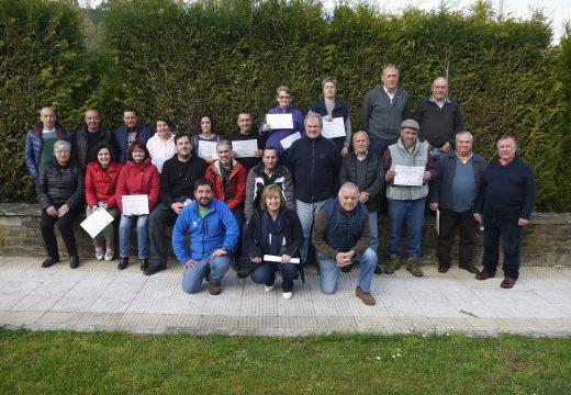 25 persoas participaron no Curso de Poda e inxertos de froiteiras organizado polo Concello de Touro