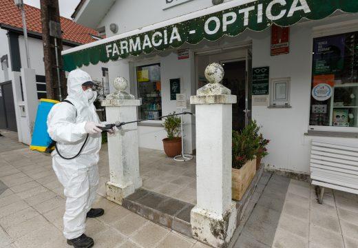 A área de Servizos aplica bactericida e desinfectante nos espazos máis concorridos