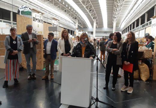 Fontán sitúa a cidade como referente no apoio á produción, comercialización e ao consumo responsable