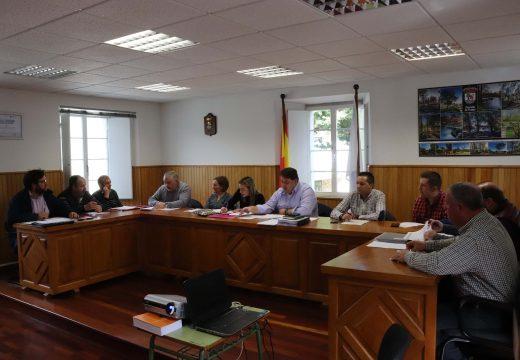 O Pleno de Frades solicítalle por unanimidade á Deputación a construción dunha senda peonil entre Ponte Carreira e Aiazo