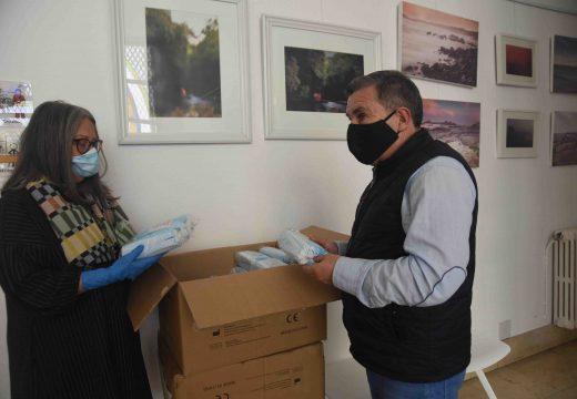 O concello de Ribeira recibe 4.000 mascarillas da Subdelegación do Goberno na Coruña