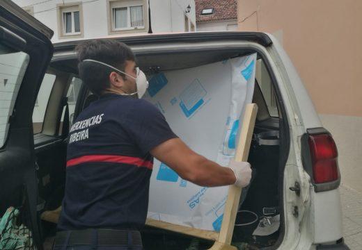 Repartidos preto de 600 elementos de protección entre o comercio e a hostalería local por parte do concello de Ribeira