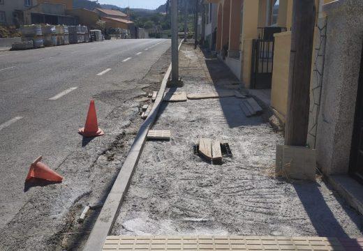 O Concello executa un proxecto de renovación de camiños e beirarrúas en Landoi, Sismundi e Cariño