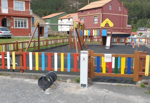 O Concello Camariñas instalará dispensadores de xel hidroalcohólico en todos os parques infantís