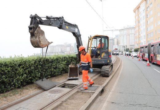 Comezan as obras da senda para correr no Paseo Marítimo e do carril 30 en Juan Flórez
