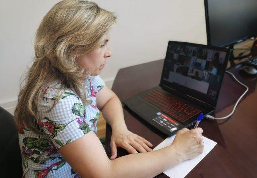 A alcaldesa de Vimianzo traslada na comisión da FEGAMP as súas preocupacións para mellorar servizos esenciais no municipio