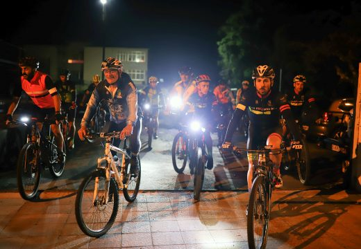 Case un cento de inscricións na ruta BTT nocturna deste sábado polos arredores de San Sadurniño