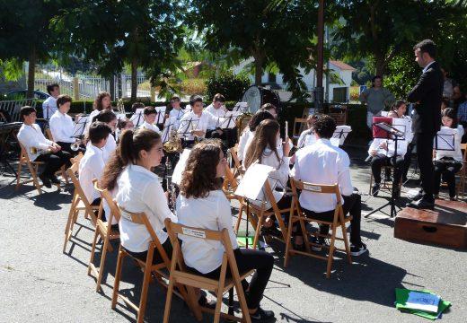 A Escola Municipal de Música de Lousame abre mañá venres o período de matrícula