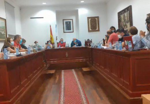 O Pleno aproba unha dedicación exclusiva de 46.500 euros para o alcalde de Noia