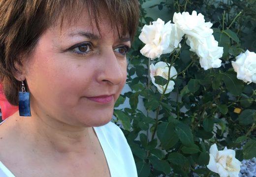 As «Queridas Donas» de Isabel Seco Espada permanecerán na Casa da Cultura de Fene todo o mes de setembro