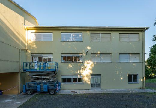 O Concello de Fene inviste algo máis de 21.000 euros en obras de mantemento nos centros de ensino
