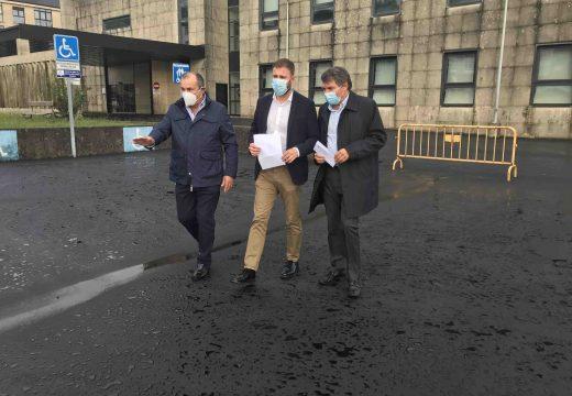 Gonzalo Trenor destaca o investimento de case 100.000€ na mellora dos accesos ao Hospital Comarcal de Cee