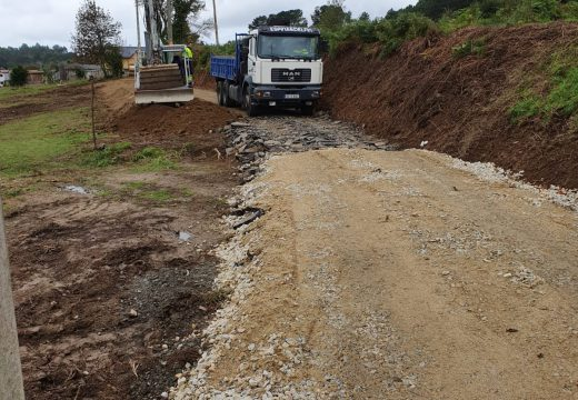 O Concello comeza os traballos de extensión da rede de saneamento no lugar de Padrín por valor de 108.638,60 euros