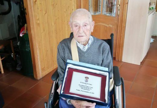 O Concello de Frades homenaxea a Ramiro López Cotón no seu 103 aniversario