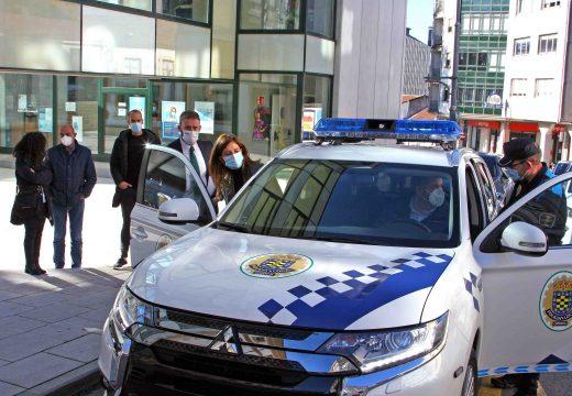 A Xunta apoia a adquisición dun vehículo para labores ambientais da Policía Local do concello de Ordes