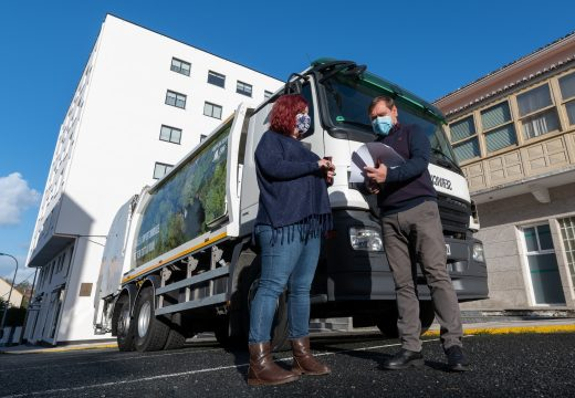 O Concello de Fene merca un novo camión para a recollida selectiva do lixo