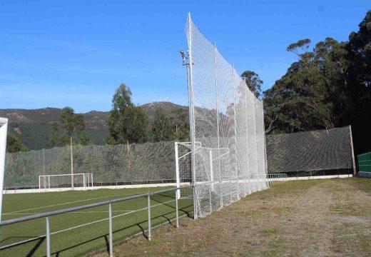 Realizados diversos traballos no campo de fútbol de Cadreche