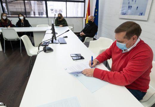 O Concello de Fene asina convenios por valor de 38.000 euros con oito entidades do municipio