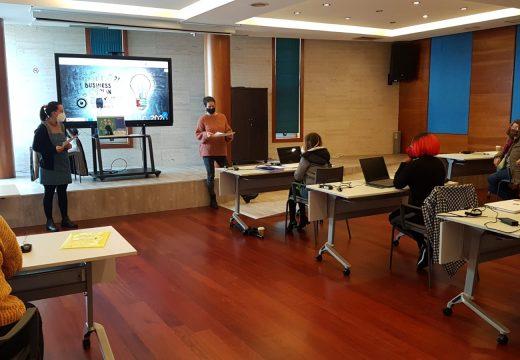 Un total de nove mulleres participaron no Programa Muller TIC