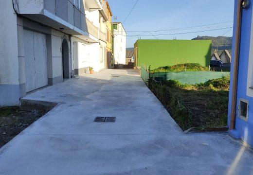 Rematadas as obras de mellora das transversais á rúa Flaire, en Camelle