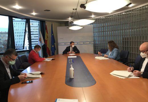 Trenor presiduiu a firma dos convenios cos alcaldes dos concellos integrados no Plan de Transporte Metropolitano de Ferrol cun investimento autonómico de 3,7 millóns de euros