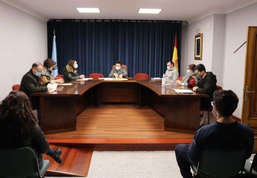 O Pleno de Lousame aproba os Orzamentos para 2021, que ascenden a 3,8 millóns de euros e destinan o 23% a servizos sociais