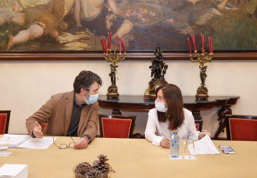 Concello e Sergas coordinan a axilización da licenza do CHUAC para iniciar as obras en xaneiro